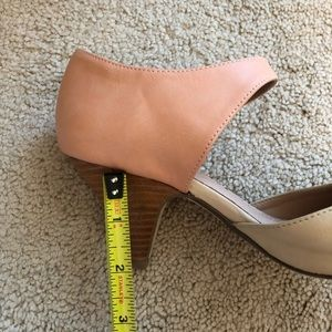 Restricted Shoes - Two-tone vintage-style Mary Jane block heels